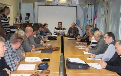 Tiskovna konferencija 1.12.2015.